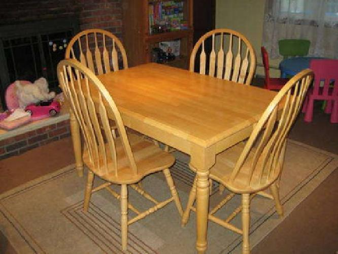 280 natural oak kitchen table with insert and 4 chairs for Kitchen table with insert