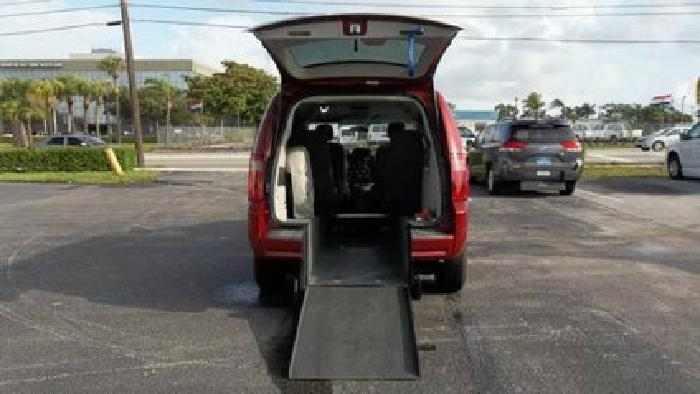 28 900 2009 dodge handicap wheelchair van for sale in for Wheelchair accessible homes for sale in florida