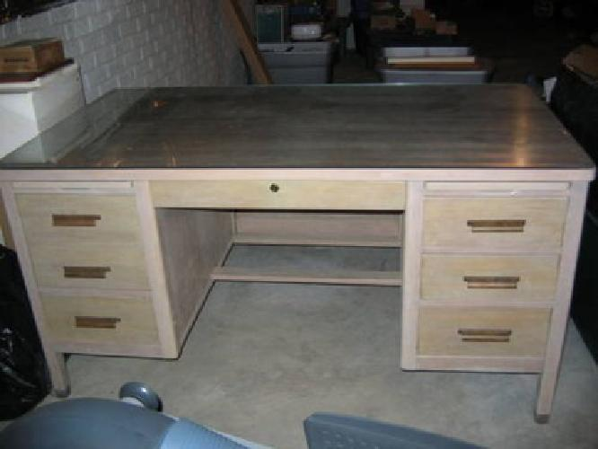 $290 Desk - Solid Wood W/Matching Chair
