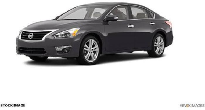 $29,140 2013 Nissan Altima 3.5