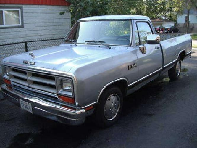 $2,000 1989 Dodge D100 Ram Pick up for sale in Midlothian