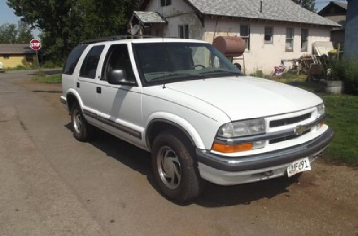 2 000 obo 1998 chevy blazer for sale for sale in susanville california classified. Black Bedroom Furniture Sets. Home Design Ideas
