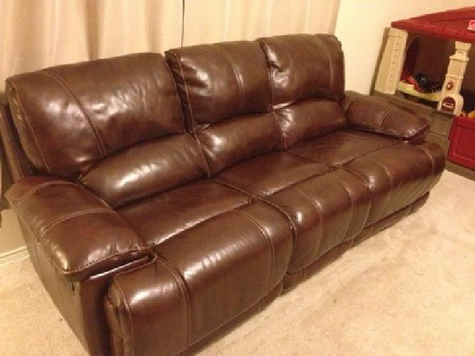 2 100 Cindy Crawford Burgundy Dark Brown Leather Reclining Sofa Loveseat Glider Set O For Sale