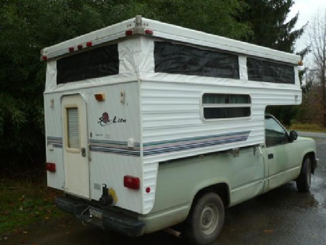 $2,200 2001 SunLite Popup Truck Camper for sale in Hellertown