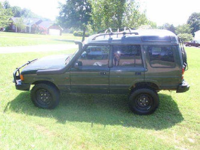 2 400 1996 land rover discovery i with lift kit arb bumper and snorkel for sale in salisbury. Black Bedroom Furniture Sets. Home Design Ideas