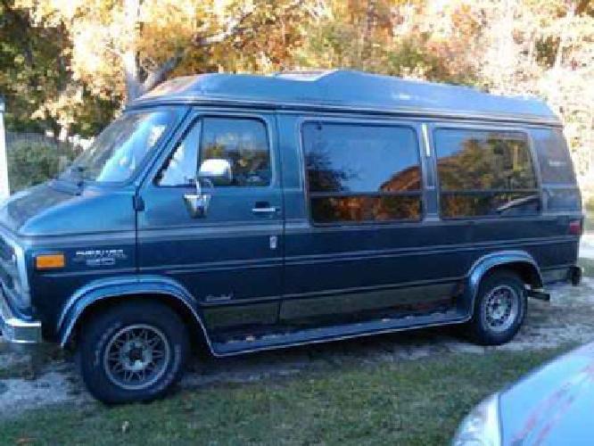 2 500 1995 chevy world explorer limited g20 high top conversion van for sale in rockford. Black Bedroom Furniture Sets. Home Design Ideas