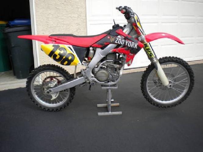 $2,500 2006 Honda CRF 250 R 250R