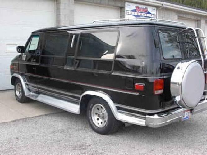 2500 Loaded Chevy Full Size Conversion Van