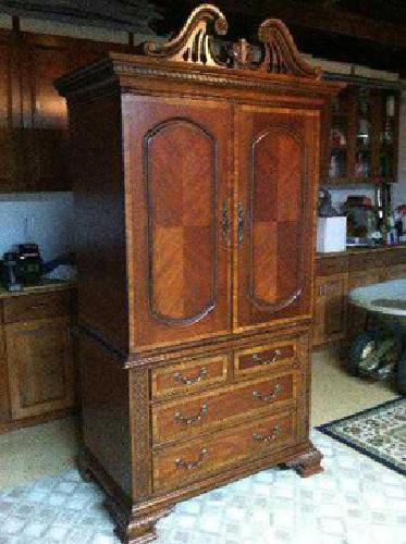 2 500 Millennium Bedroom Set By Ashley Furniture This Is High Quality Mahogany Bedroom For Sale
