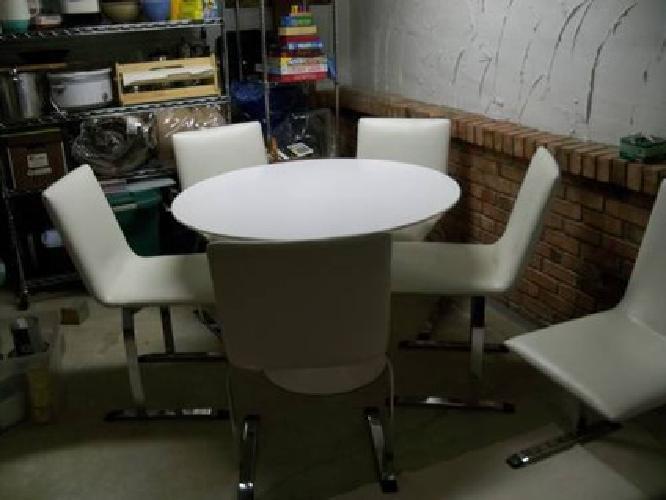 $2,500 SAPORITI ITALIA, CHAIRS (SET OF 6, Leather)~SUPER RARE,and Tulip tabl