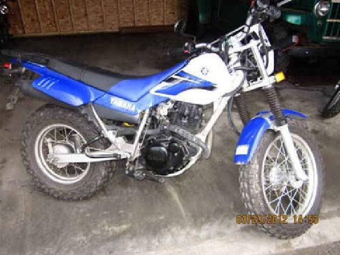 $2,500 Yamaha TW200 dual sport on/off road motorcycle for sale in