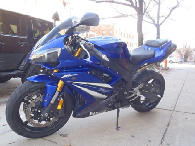 2 550 07 yamaha r1 blue and white for sale in raleigh for Yamaha of raleigh