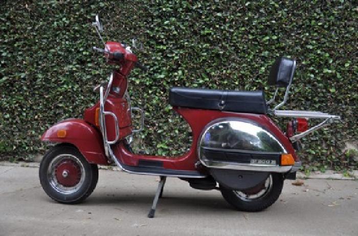 $2,599 OBO 1981 Vespa P200e - Vintage Scooter
