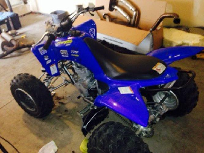 $2,700 2011 yamaha 250R