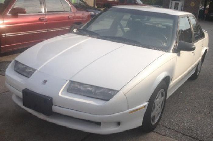 $2,795 OBO 1993 Saturn SL2