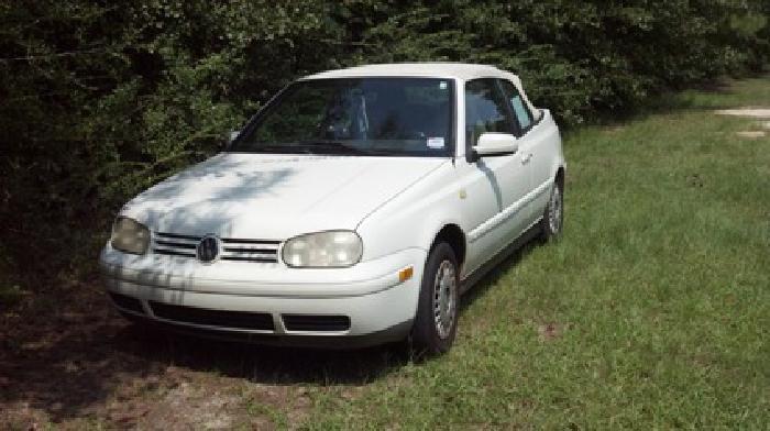 $2,800 OBO 2000 Volkswagen Cabrio Convertible