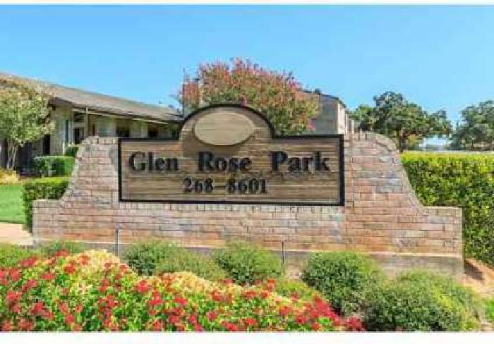2 Beds - Glen Rose Park