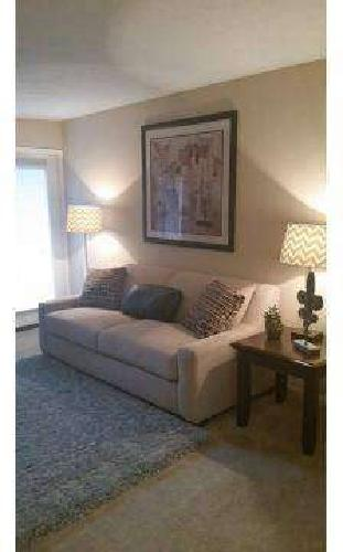 2 Beds - Lakeview Court