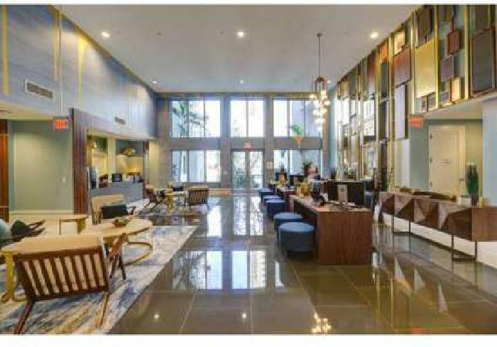 2 Beds - Pearl Dadeland