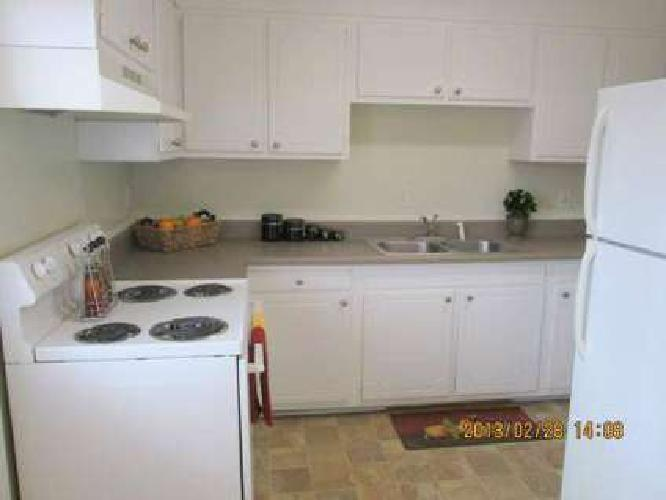 2 Beds - Sage Pointe Apartments/Sage Pointe Townhomes