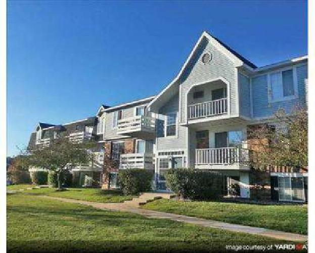 2 Beds - Trappers Cove Apartments