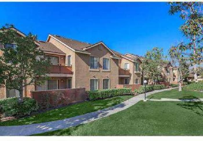 2 Beds - Westridge Apartment Homes