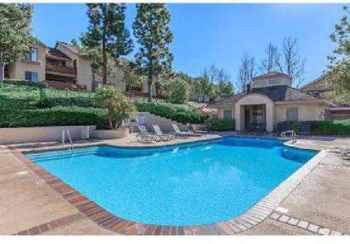 2 Beds - Westridge Apartment Homes