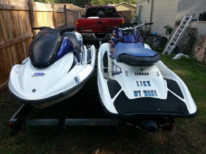 2 Yamaha GP1200R 2001&2002