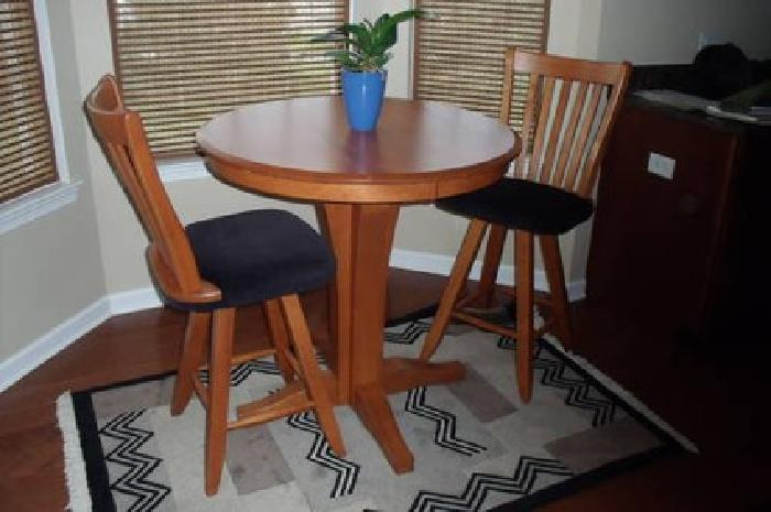 Counter Height Table And Chairs For Sale : 300 Canadel counter height table and chairs for sale in Elgin ...