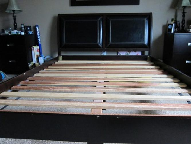 $300 costco queen bed frame/headboard for sale in keizer, oregon