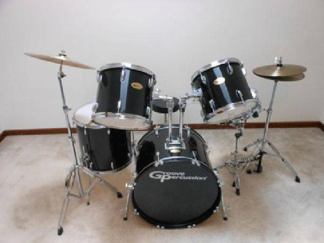 300 groove percussion 5 piece drum set for sale in chicago illinois classified. Black Bedroom Furniture Sets. Home Design Ideas
