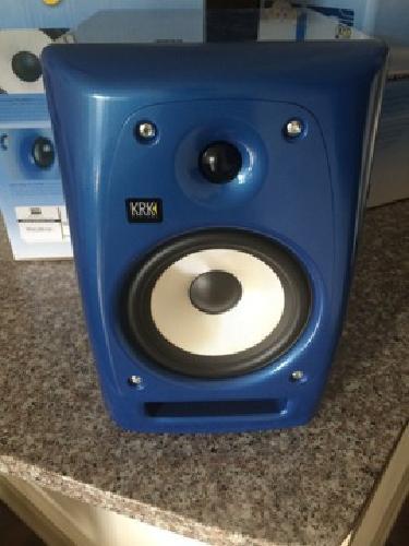 $300 KRK Rokit 6 G2 Special Edition Blue/White Studio Monitors (2)