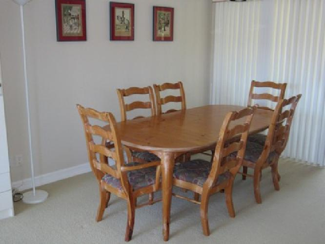 300 OBO French Country Dining Table With Pad And Six Chairs For Sale In San