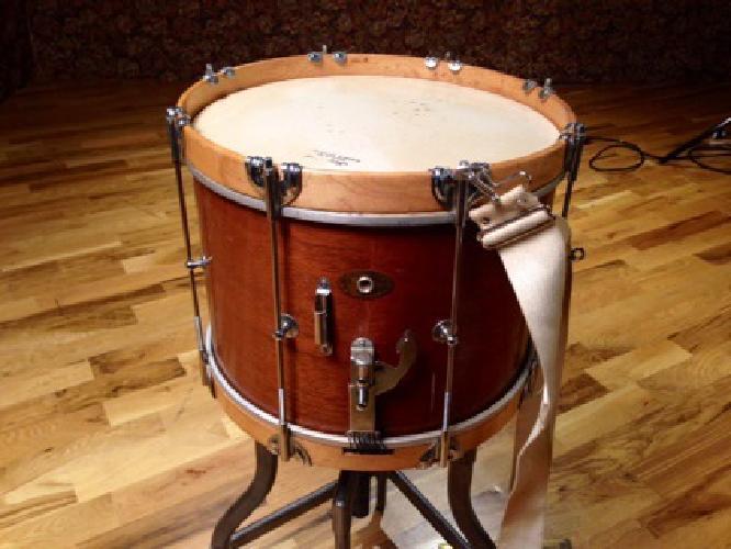 $300 OBO Slingerland Legion Heir Parade Drum 1950s Natural