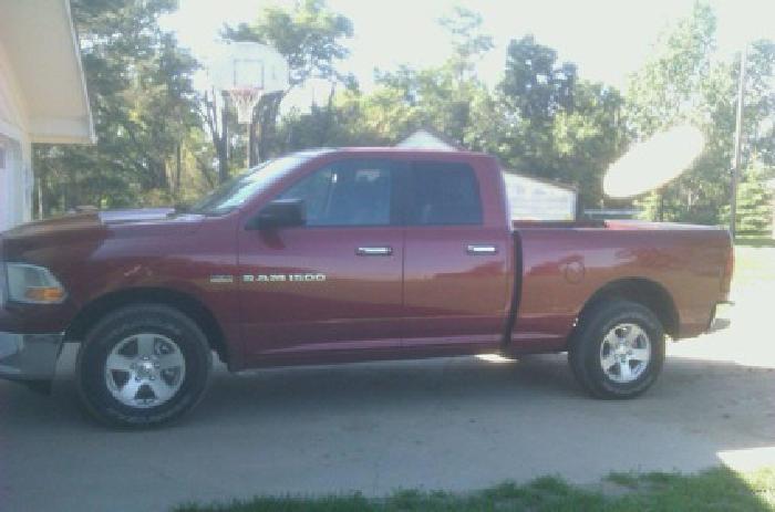 $30,000 OBO 2011 Dodge Ram SLT 4x4