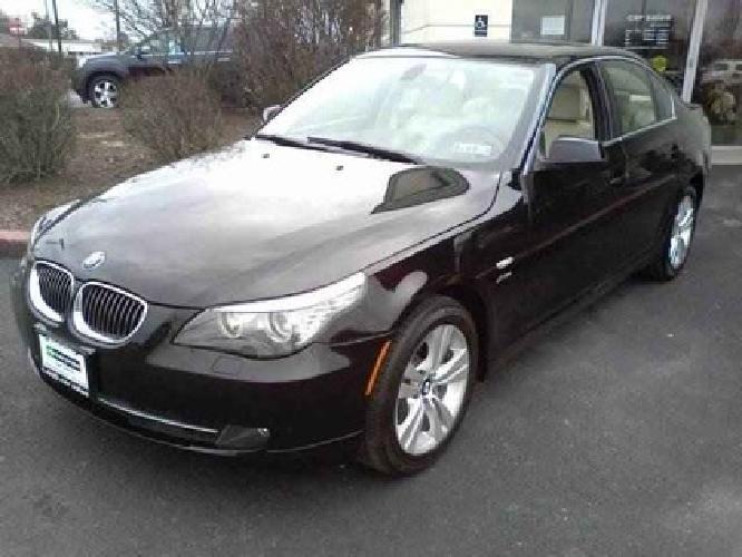 $30,750 2010 BMW 5 Series 528i xDrive Sedan 4D