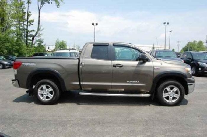 $30,903 2011 Toyota Tundra 4WD Truck Grade