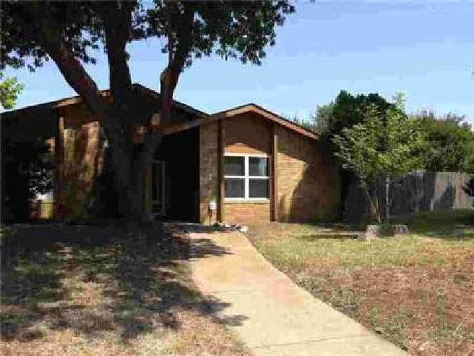3133 E Park Boulevard Plano, Great 3 BR home with