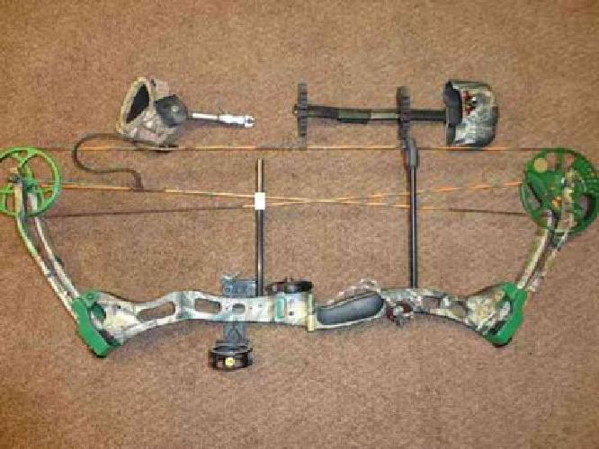 325 Bear Lights Out Compound Bow W Accessories For Sale