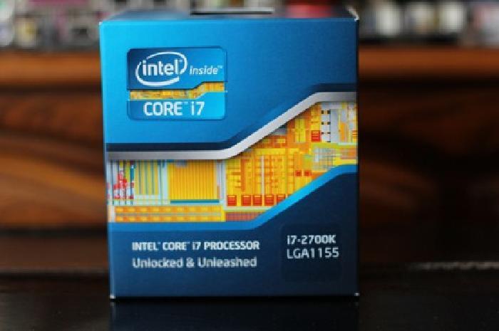 $325 Intel Core i7 2700K (3.5Ghz / Unlocked) (Socket 1155)