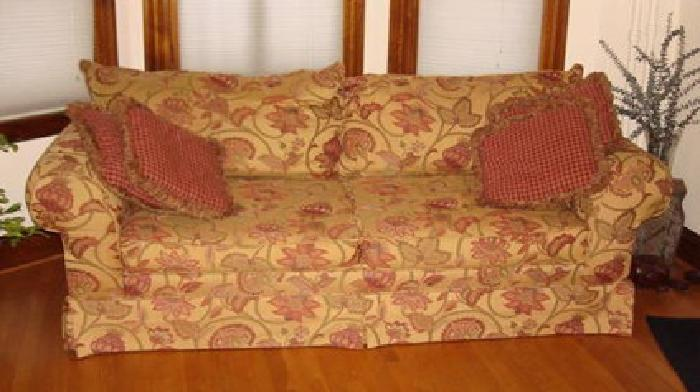 Exceptionnel $325 Used Tan U0026 Red Couch Hillcraft Furniture Co. W/ Pillows Mustard Gold