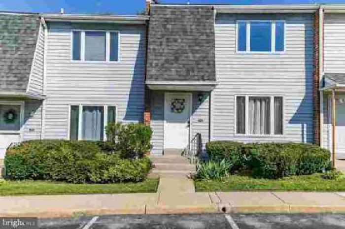 3441 Hillock Ln Wilmington Three BR, This home is conveniently