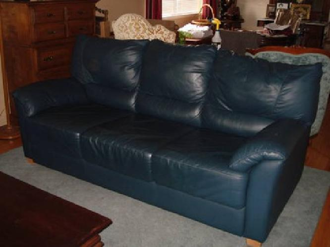 350 Beautiful Deep Teal Blue Leather Sofa Bed For Sale In