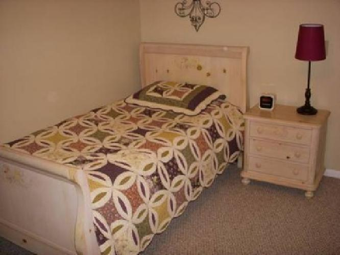 350 Girl 39 S Bedroom Set By Thomasville For Sale In Houston Texas Classified