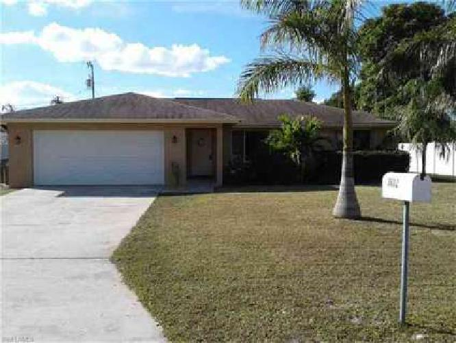 3602 SE 3rd PL Cape Coral Three BR, Welcome Home!