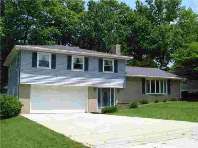 369 JACKSON PARK Drive Meadville, Well cared for home w/big