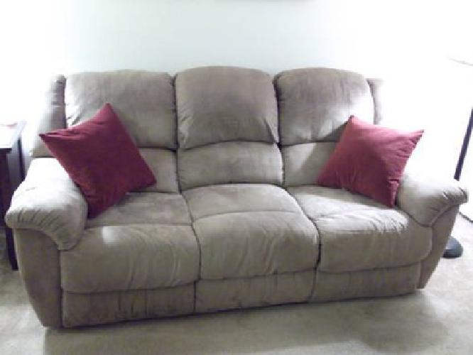 375 reclining sofa rocker recliner for sale in for Furniture 89014