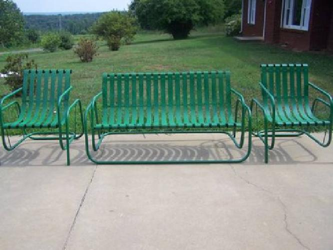 375 Vintage Metal Porch Glider With 2 Chairs