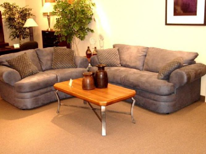399 Sofa And Loveseat For Sale In Cleveland Ohio