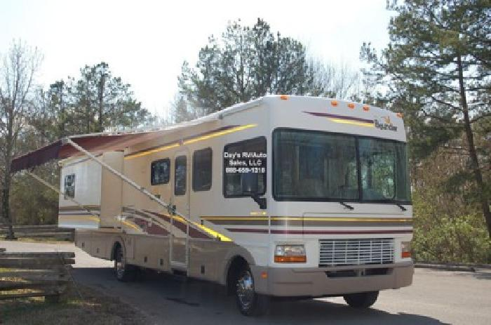 39 900 2002 Fleetwood Bounder Motor Home Coach 2 Slideout
